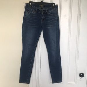 Lightly used pair of lucky Lolita skinny jeans